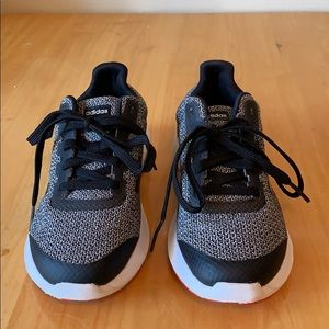 Adidas Girls Sneakers Size 4